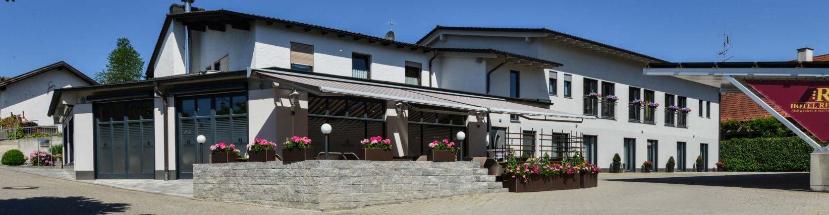Hotel Renner Buchbach Außenansicht